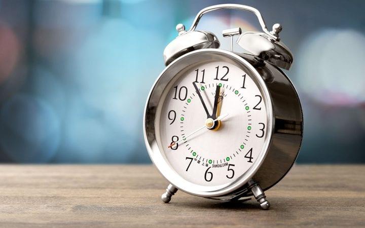 eight col clock